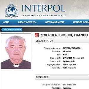 """Parroco accusato di tortura, a Sorbolo lo """"sciopero della messa"""""""