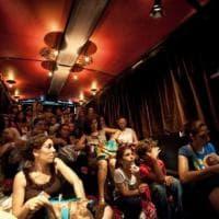 Parma, i giorni del teatro mobile. Lo spettacolo si vede in bus e in camion