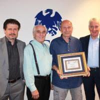 50 anni di Parma Sport, la targa di Federmoda a Zeni Genesio