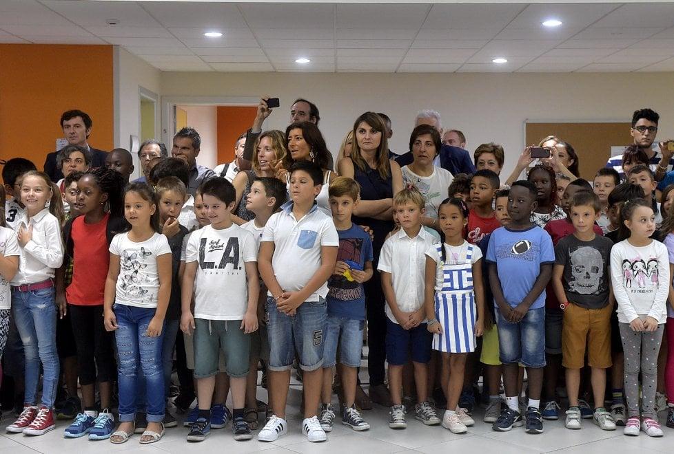 Parma, il giorno dell'inaugurazione della nuova scuola ...