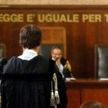 "Perseguita una ""croupier"" stalker finisce in carcere"