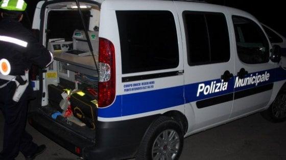 Parma: auto contro muro muore conducente