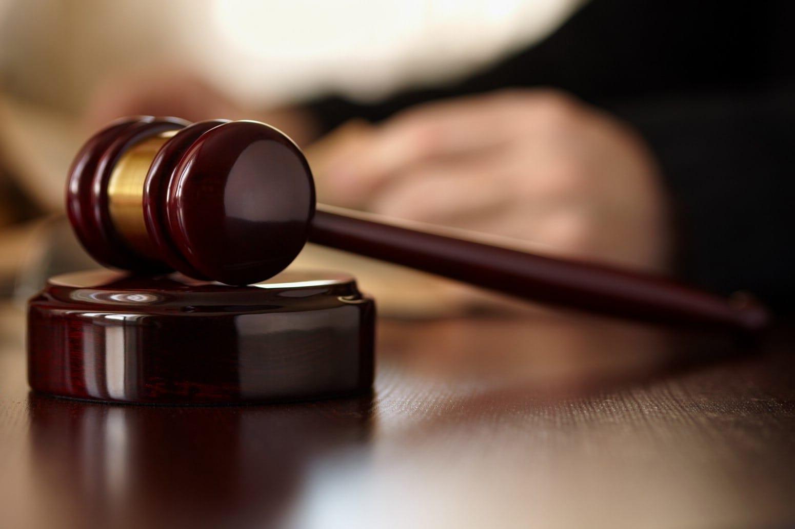 Assalto con coltello a tabaccheria di Vicofertile, complici condannati