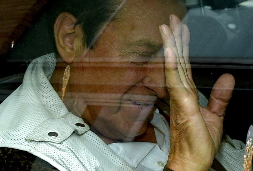 Parma, le immagini dell'arresto di Aldo Ferrari nella sede Iwil di Moletolo