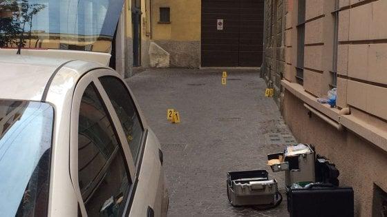 Parma, donna in fin di vita in centro: è giallo