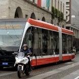 Tep scalzata da Bus Italia Scoppia la polemica politica