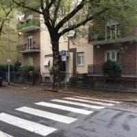 Parma, madre aggredita in casa da un rapinatore armato