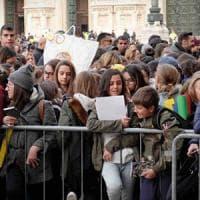 Volontariato, ma anche bullismo e dipendenze: gli adolescenti in Emilia-Romagna