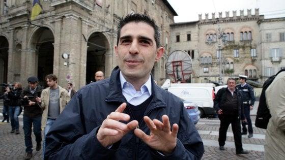"""Elezioni Parma, Pizzarotti rallenta: """"Non voglio campagna avvelenata..."""""""