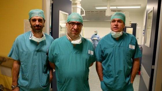 Valvola aortica inserita per via ascellare: intervento record al Maggiore