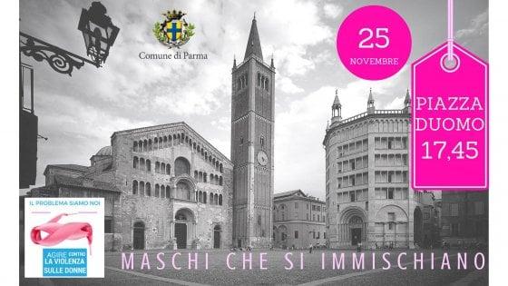 """""""Maschi che si immischiano"""" a Parma in piazza a fianco delle donne"""