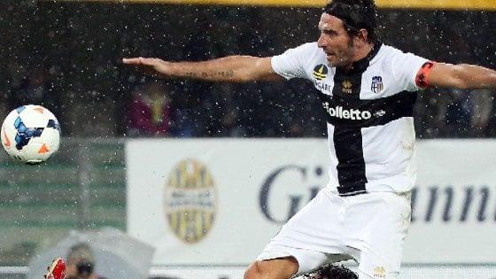 """Parma verso la sfida col Bassano, Lucarelli: """"Basta scuse, fuori i c..."""""""