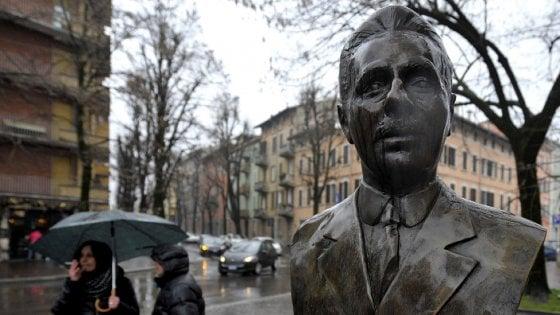 """Parma celebra Picelli, il regista Bocchi: """"Ma dimentica la sua storia"""""""
