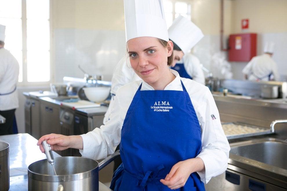 Scuola cucina alma di colorno una giuria con 20 stelle - Scuola di cucina alma ...