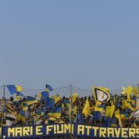 Parma, un pari che brucia: il Venezia rimonta due gol