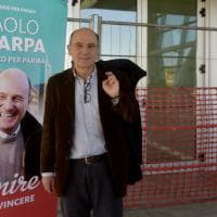Primarie a Parma, le immagini della marcia sul Ponte Nord
