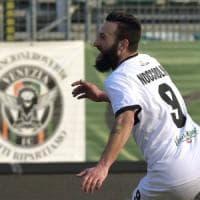 Il Parma vince a Gubbio ma resta terzo in classifica