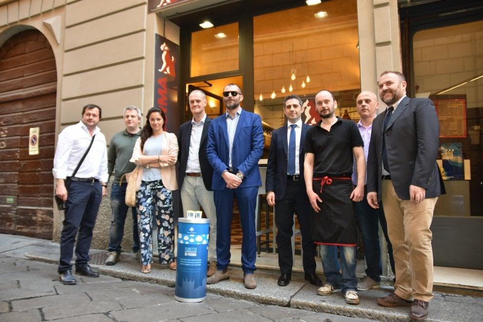 Parma, arriva Fumetto il posacenere da strada in materiale riciclato