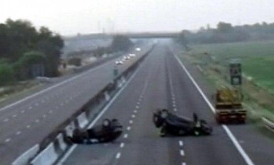 Auto cadde dal cavalcavia di Viarolo: condannato dirigente della Provincia di Parma