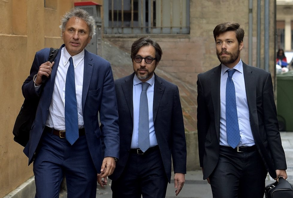 Corruzione nella sanità a Parma: indagati dal giudice - Foto