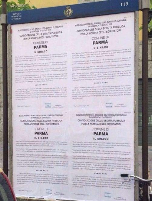 Elezioni e scrutatori a Parma, il refuso nel manifesto del Comune