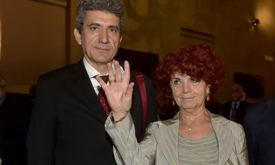 """Dimissioni Borghi, ministra Fedeli: """"Rispetto la scelta del rettore"""""""