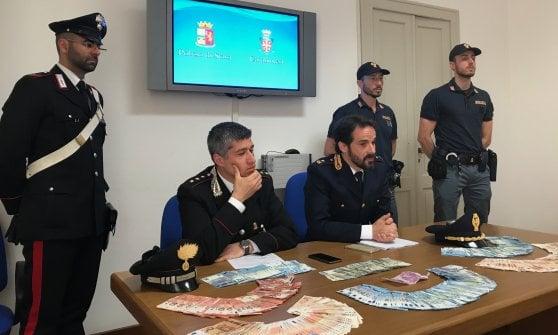 Colpo alla banca Bper di Parma: la fuga del rapinatore dura 15 minuti