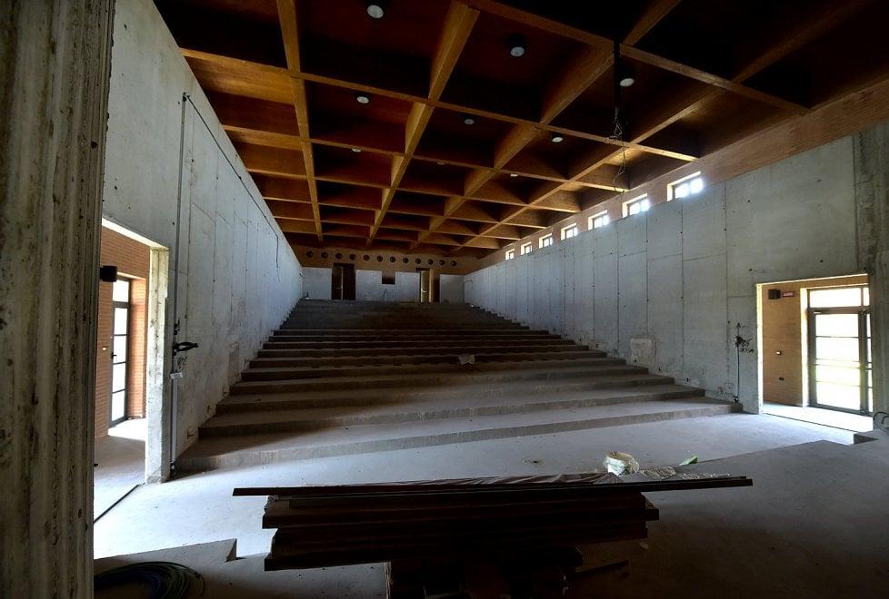 Scuola Europea, sopralluogo al cantiere: confermata apertura a settembre - Foto