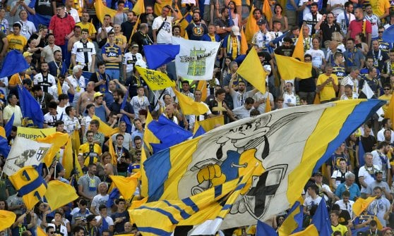 "Parma-Alessandria: vigilia della finale D'Aversa: ""Meritiamo la B"""