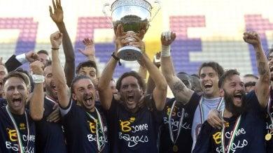"""Il Parma è promosso in serie B -   Foto   /   Video    Lucarelli: """"E non è ancora finita..."""" -   Video"""