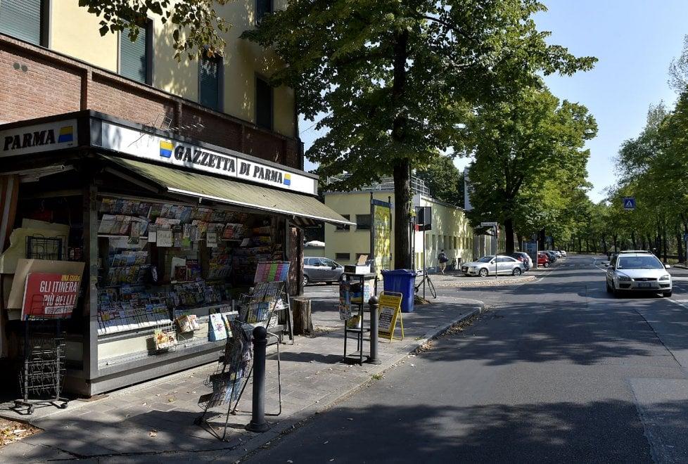 Parma, chiude l'edicola di viale Rustici