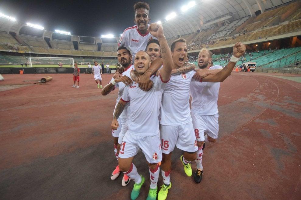 Bari-Parma 2-1: la fotocronaca