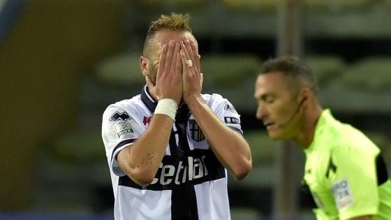 Di Cesare e Lucarelli non bastano: Parma ripreso dalla Salernitana