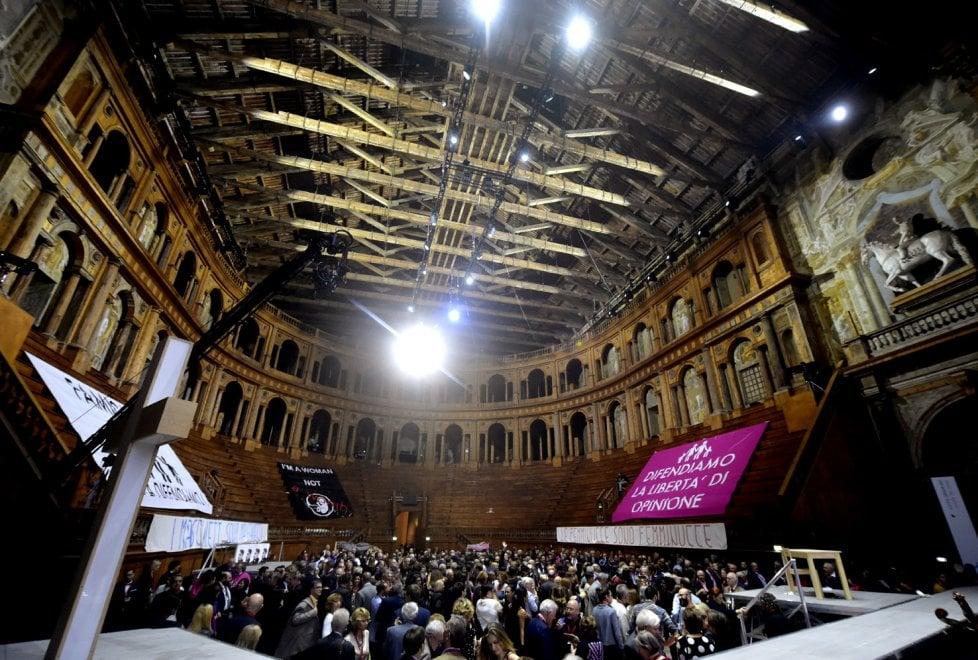 Stiffelio al Festival Verdi: il pubblico entra in scena - Foto