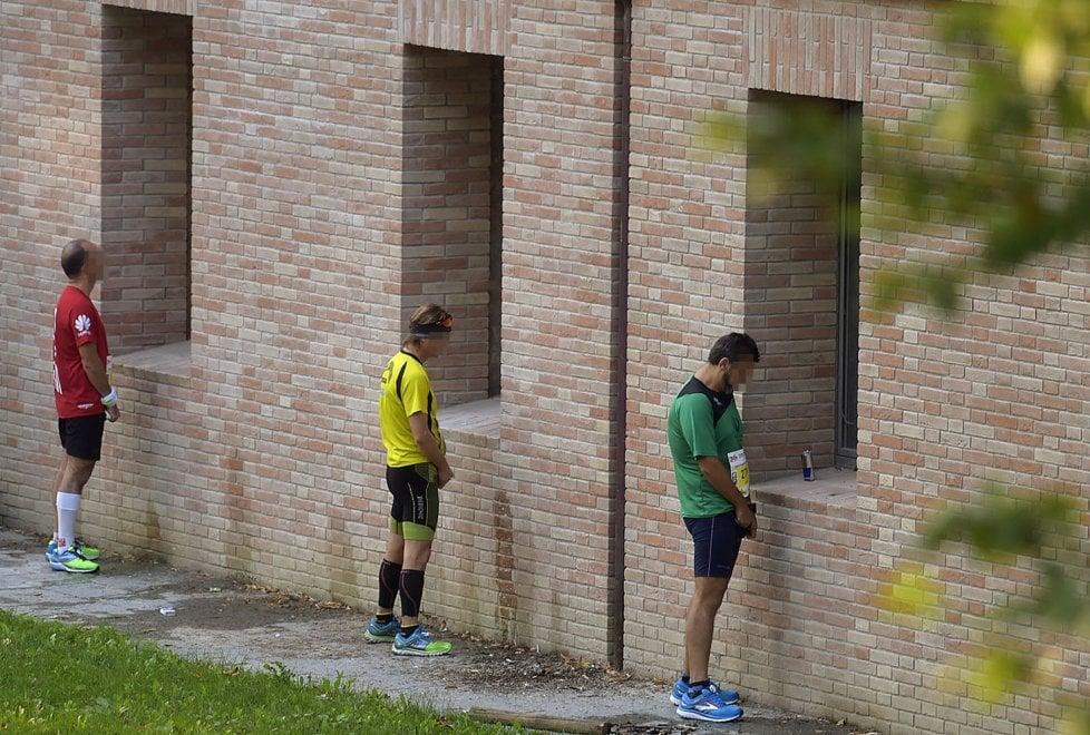Parma Marathon, Cittadella diventa orinatoio - Foto