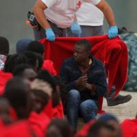 Migranti, ong nel mirino nel mar Mediterraneo: