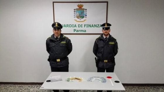 Droga e banconote false: traffico tra Torre Annunziata e la Sardegna