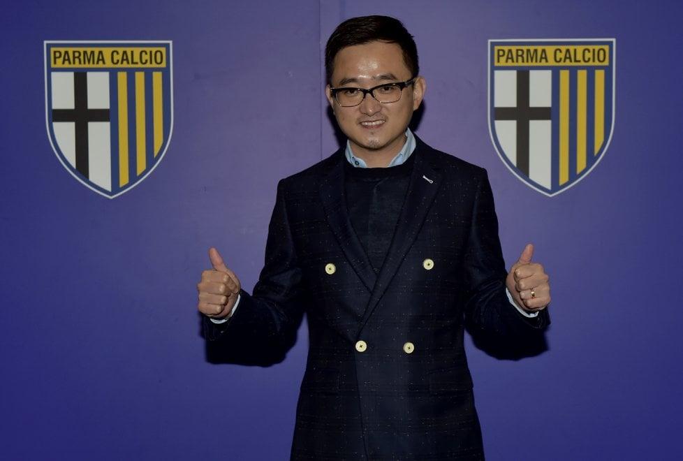 Parma calcio: ecco Lizhang crociato - Foto