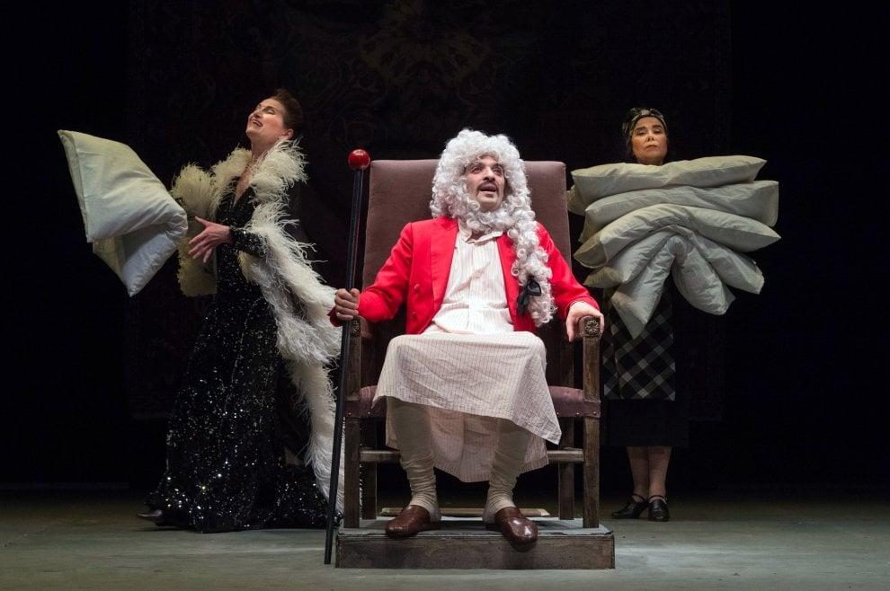 Il Malato Immaginario: a Teatro Due l'opera grandiosa di Molière