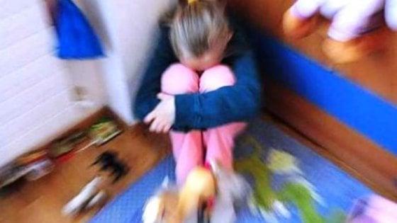 Parma, violenza sessuale su una minore: arrestato prof di musica