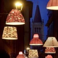 Parma, le luci di Natale illuminano la piccola capitale