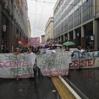 Ministra Fedeli a Parma: protesta delle maestre diplomate - Foto