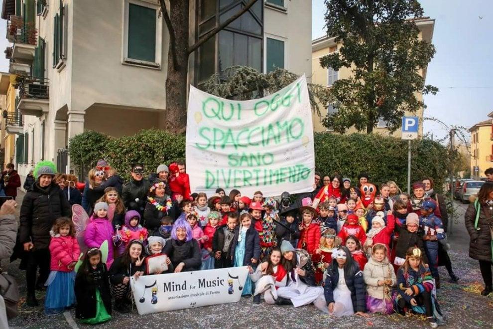 Oltretorrente: un carnevale contro lo spaccio - Foto