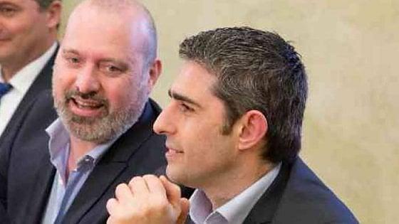 """Pd Parma a Bonaccini e Merola: """"Qui ci pensiamo noi"""" Bugani: """"Pizzarotti pedina dei dem"""""""