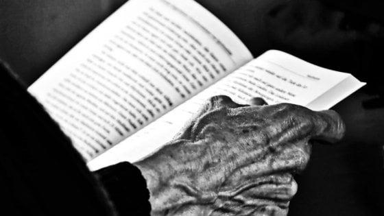 A Parma Libri Viaggianti a casa degli anziani soli