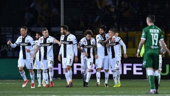 Parma risale: vittoria di misura ad Avellino