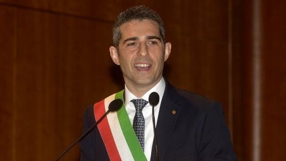 """Alluvione a Parma, Procura chiede rinvio a giudizio di Pizzarotti """"Atto dovuto, sono tranquillo"""""""