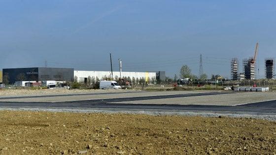 Aeroporto e mall a Baganzola, i dubbi di Legambiente e residenti