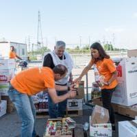 Cibus: business e solidarietà: donate 17 tonnellate di cibo - Foto