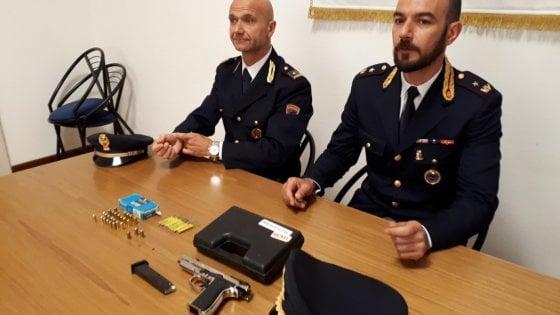 Tentata rapina in piazzale Santa Croce: due arresti della polizia